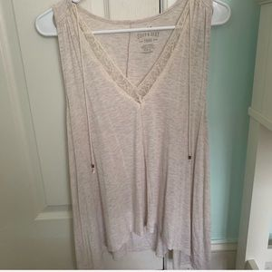V-Neck Tank Top with Lace Decal